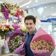 Public talk с актером и певцом Антоном Макарским 2020 фотографии
