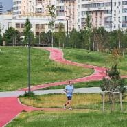 Беговые дорожки в парках Москвы 2020 фотографии