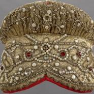 Выставка «Праздничная одежда народов России XIX-XX веков» фотографии