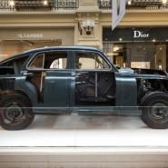 Выставка автомобилей «Победа» в ГУМе фотографии