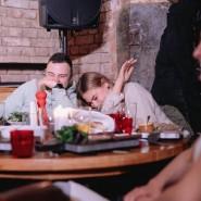 Стендап-шоу от комиков ТНТ и YouTube в атмосферных заведениях Москвы фотографии