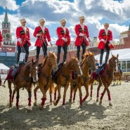 Выступления Кремлевской школы верховой езды фотографии
