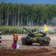 Соревнования по танковому биатлону 2018 фотографии