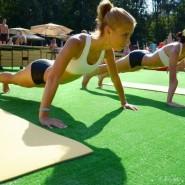 Йога в парках Москвы 2015 фотографии