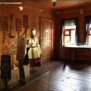 Выставка «Терем, свадебный поезд и «девья краса» фотографии