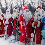 Флэшмоб Дедов Морозов фотографии