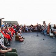 Открытие летнего сезона на крыше «Рабочего и колхозницы» фотографии