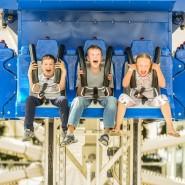 Летние каникулы и праздник День России в парке аттракционов Хэппилон в ТРК VEGAS фотографии