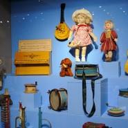 Выставка «Другое детство. Игрушки 1920-х – 1950-х годов» фотографии
