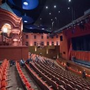 Московский театр О. Табакова фотографии