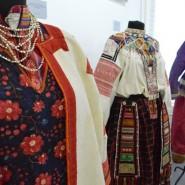 Выставка «Традиционный русский костюм» фотографии