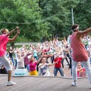 Танцы в парках Москвы 2017 фотографии