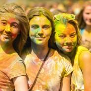 Фестиваль красок Холи фотографии