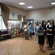 Выставочный зал «Народные картины» фотографии