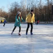 Каток «Серебряный лед» в Измайловском парке 2017/18 фотографии