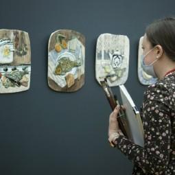 Выставка «Поверхности»