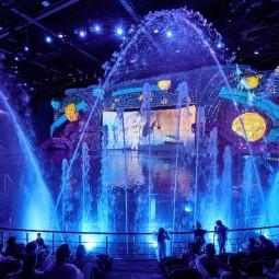 Мультипликационное «Шоу Воды» с участием морских животных в Москвариуме