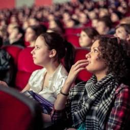 Бесплатные кинопоказы в Международный женский день 2017