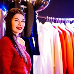 Маркет дизайнерской одежды «White Market» 2018