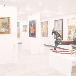 Выставка «Искусство без шума. Мир детства»