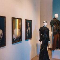 Выставка «Символы моды. Энергия эпохи»