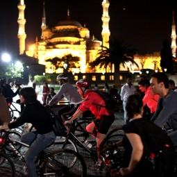 Выставка «Велоночь в Музее – 12 городов Земли!»