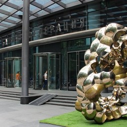 Выставка  «Врата Многогранности» в Башне Федерация