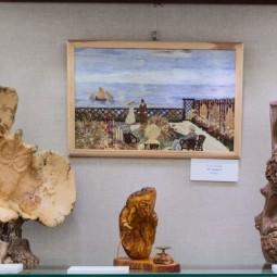 Выставка «Поэзия дерева»