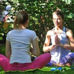 Йога в парках Москвы 2020