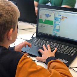 Новый набор в онлайн-школу программирования для детей «Пиксель»
