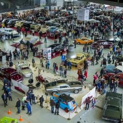 Выставка старинных автомобилей и антиквариата «Олдтаймер-Галерея» 2020