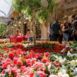 Фестиваль цветов в ГУМе 2017