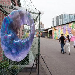 Выставка «Стены помогают»