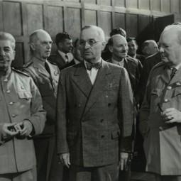 Выставка к 75-летию Потсдамской конференции