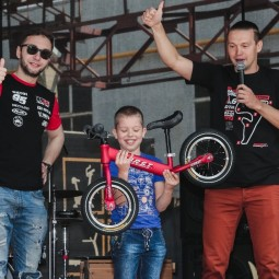 Спортивный Новый год в ТЦ «СпортХит» 2019