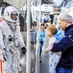 Юбилей первого выхода человека в открытый космос 2020