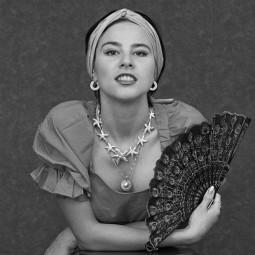 Выставка «Александр Авалов. Женский портрет»