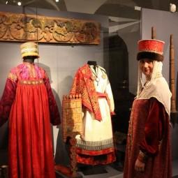 Выставка «Загляни в сокровищницу музея»