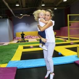 Занятия на батутах для детей и взрослых
