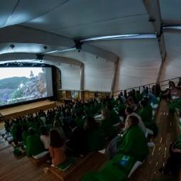 Бесплатные показы в Летнем кинотеатре ВДНХ 2021