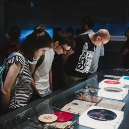 Выставка «Музыка на костях»