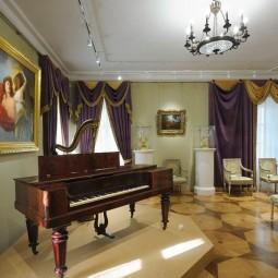 Выставка «Будни и праздники крепостного театра»
