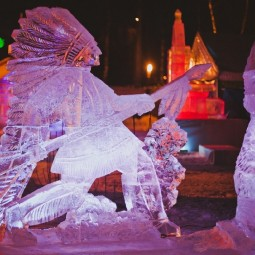 Харбинский фестиваль снежных и ледяных скульптур 2019/20
