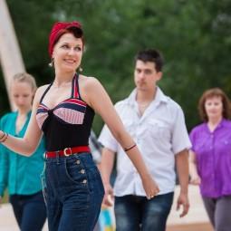 Летний танцевальный сезон на ВДНХ 2020