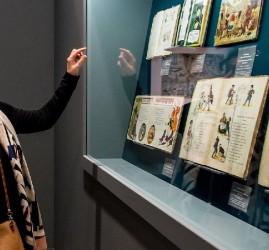 Выставка «Книги старого дома: мир детства XIX — начала ХХ века»