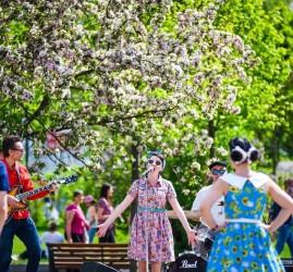 Открытие летнего сезона в парках Москвы 2017