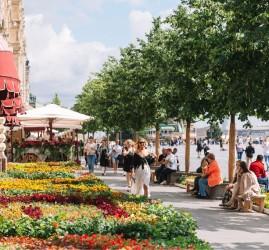 Фестиваль цветов в ГУМе 2021