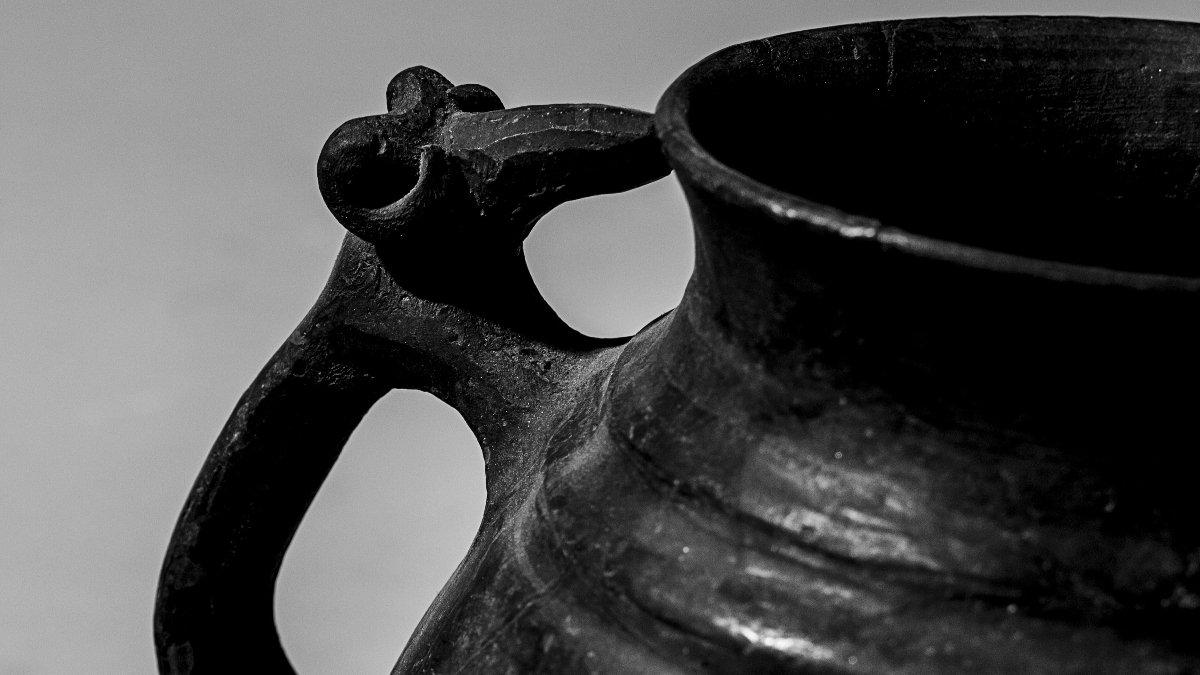 Выставка «Тотемы, мифы, образы: зооморфная керамика I-III веков н.э.»