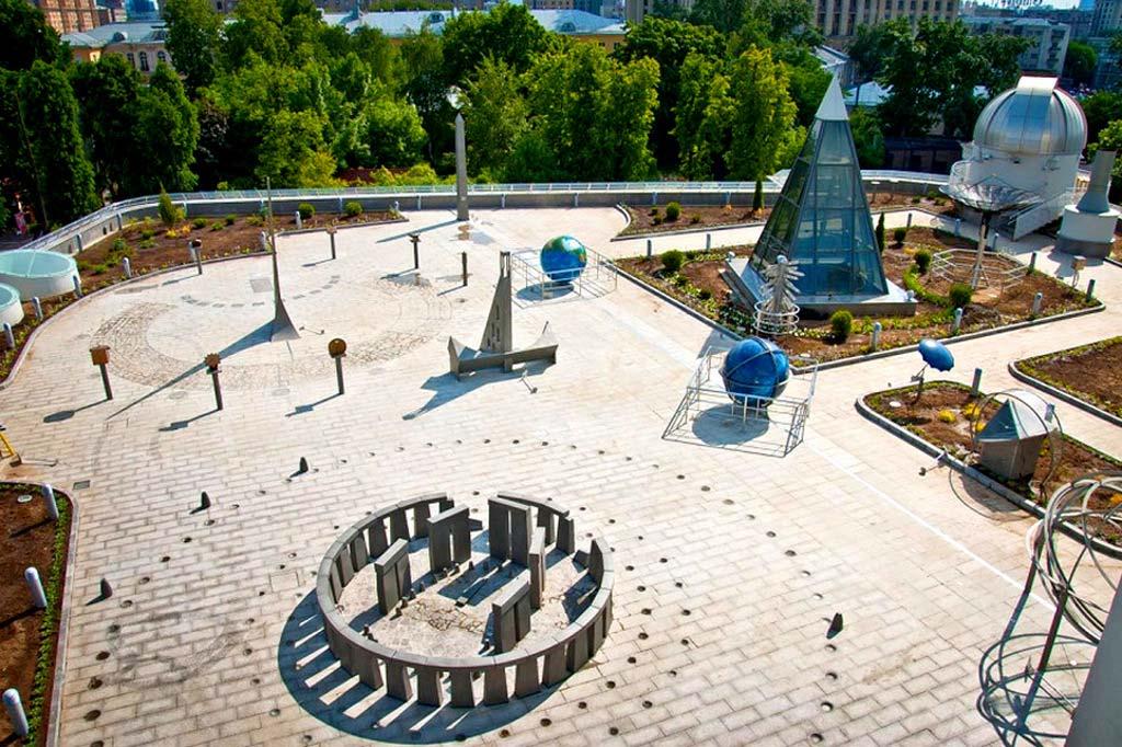 Астрономическая площадка «Парк неба» вМосковском Планетарии 2021