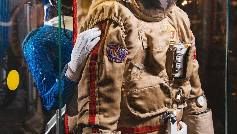 Выставка «Соколы», «Орланы», «Пингвины» идругие редкие виды космической одежды»